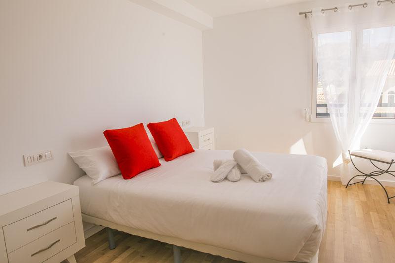 atico turistico dos dormitorios