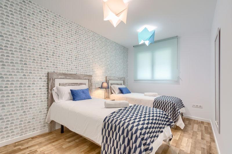azul apartamento turistico altea dormitorio 2 camas