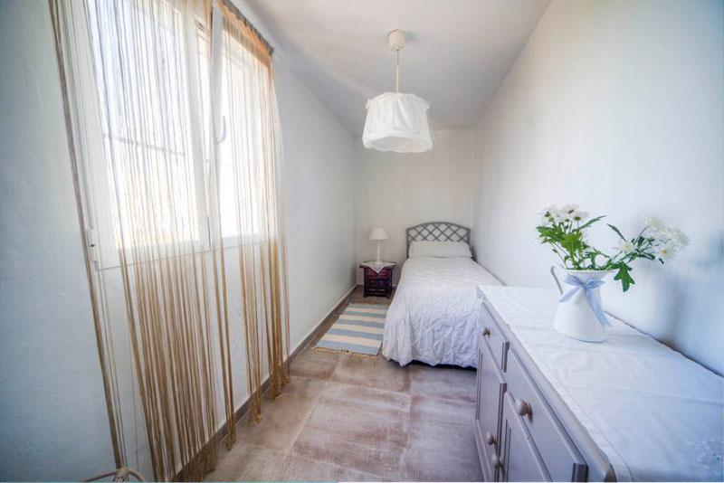 villa bluemed altea dormitorio individual