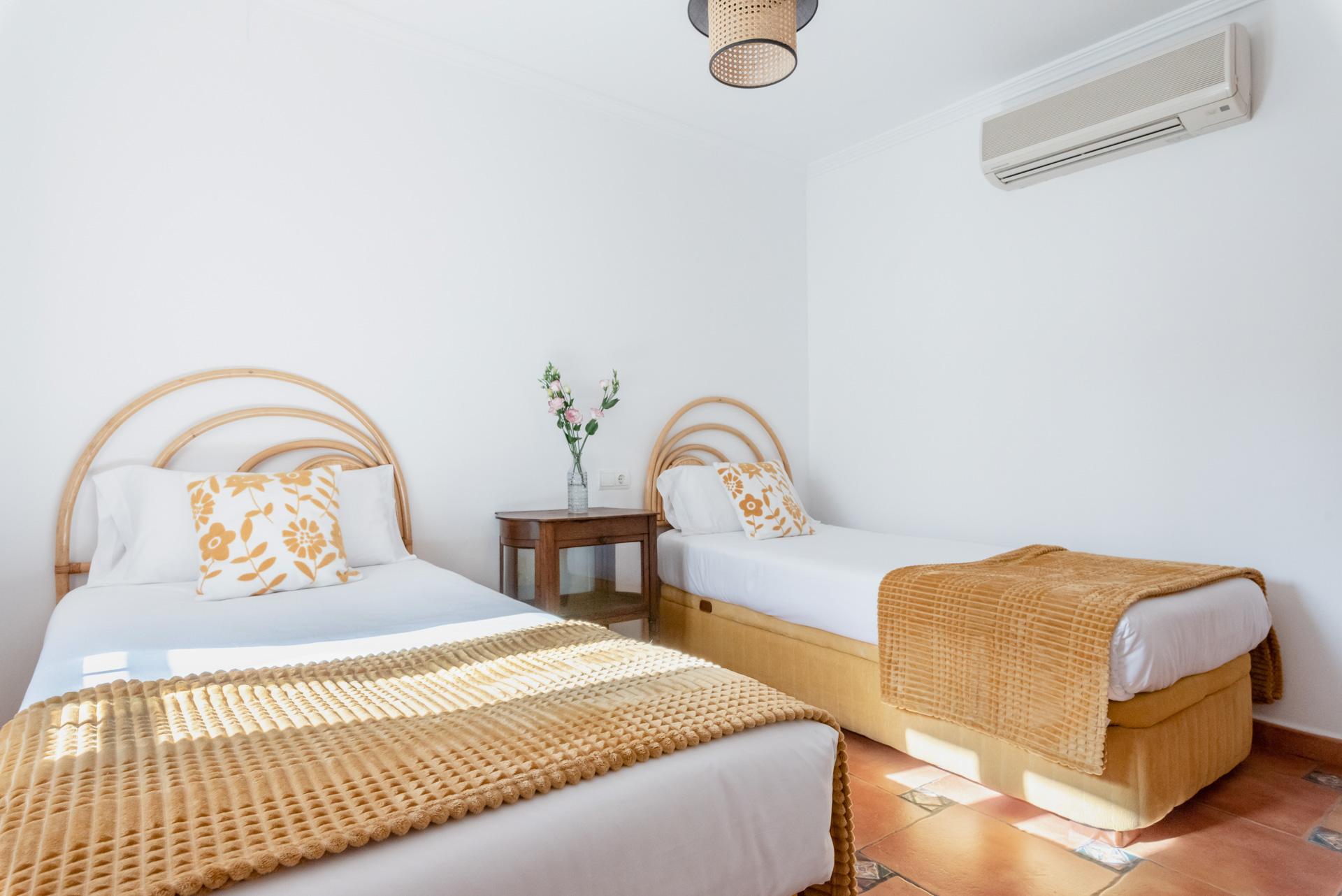Bedroom With Two Beds Altea